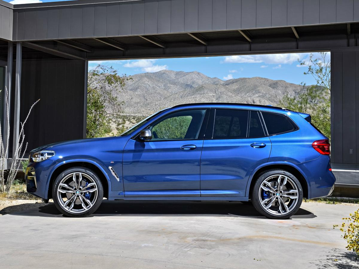 Sporting similar proportions and dimensions to the outgoing model but featuring a 2.2-inch longer wheelbase, there's more room inside the X3 than ever. (BMW)
